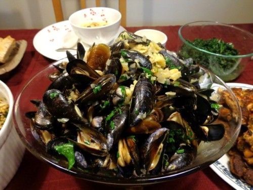 6th course: Mussels with Saffron and Mustard (Moules au Safron et à la Moutarde) made by E.  Recipe from Bouchon